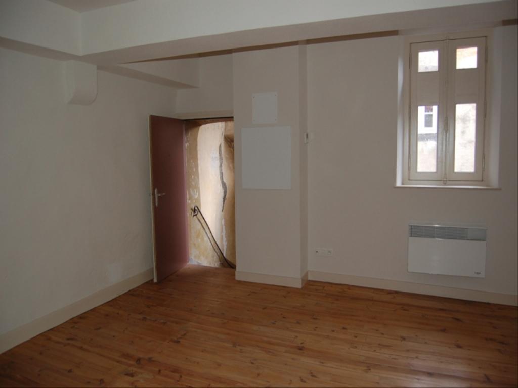 photo appartement a riom en location