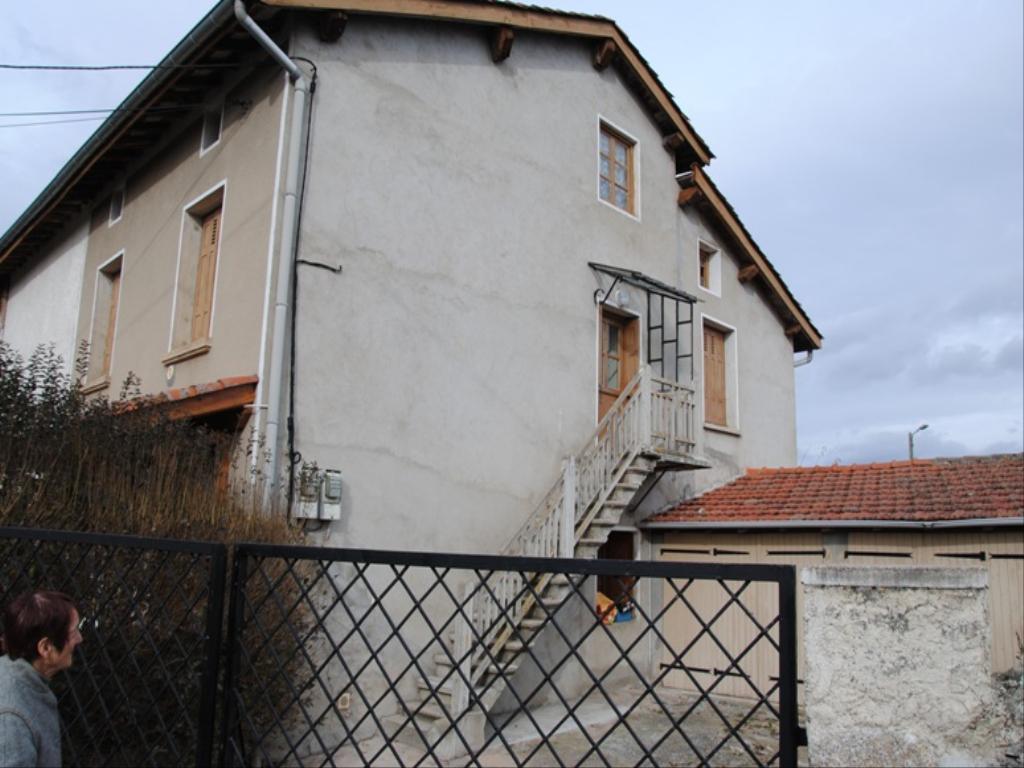 photo appartement a bas en basset en location